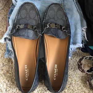 🐎 Like New Condition Coach Loafers. Size 6.5